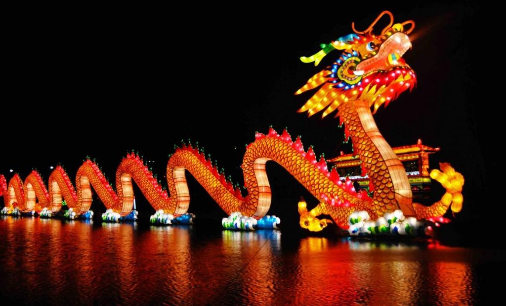 китайский новогодний дракон