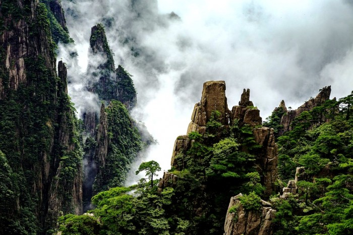 облака-над-Хуаншань